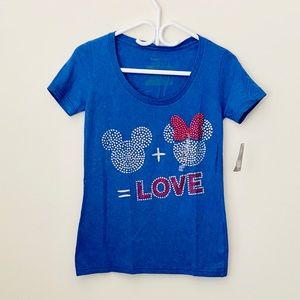 💥2/$25 Mickey&Minnie T shirt Size Xs fits as S